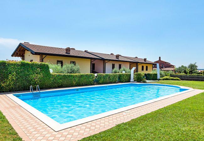 Ferienwohnung Alessandra 2 (2383571), Padenghe sul Garda, Gardasee, Lombardei, Italien, Bild 1