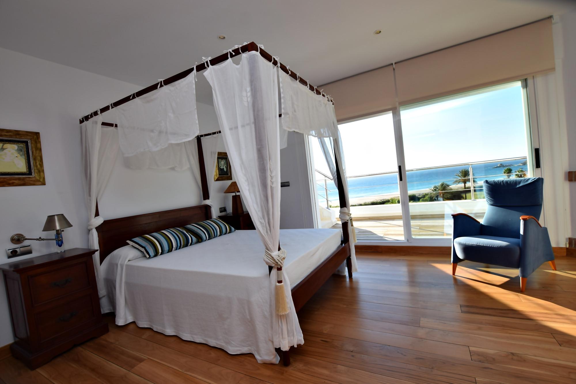 Pralaya - Dormitorio principal
