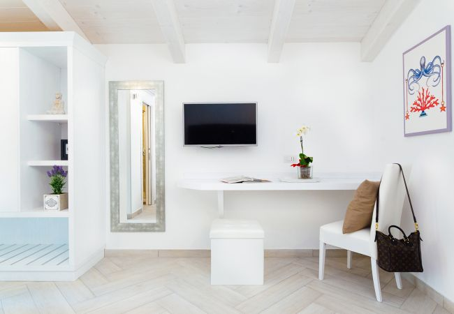 Ferienhaus Villa Totti with Private Pool, Garden, Parking and Elevator (2516709), Sant'Agnello, Amalfiküste, Kampanien, Italien, Bild 35