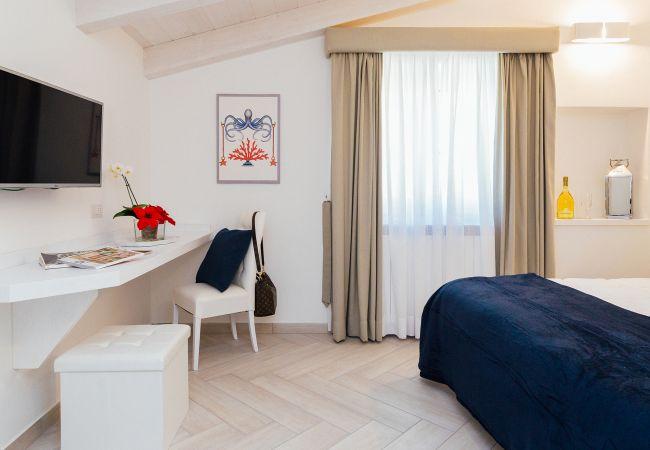 Ferienhaus Villa Totti with Private Pool, Garden, Parking and Elevator (2516709), Sant'Agnello, Amalfiküste, Kampanien, Italien, Bild 34