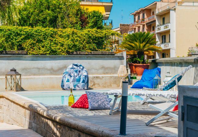Ferienhaus Villa Totti with Private Pool, Garden, Parking and Elevator (2516709), Sant'Agnello, Amalfiküste, Kampanien, Italien, Bild 17