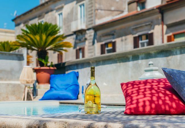 Ferienhaus Villa Totti with Private Pool, Garden, Parking and Elevator (2516709), Sant'Agnello, Amalfiküste, Kampanien, Italien, Bild 11