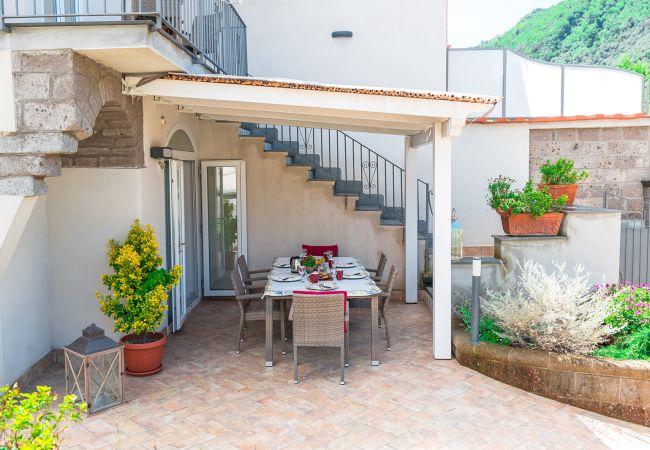 Ferienhaus Villa Totti with Private Pool, Garden, Parking and Elevator (2516709), Sant'Agnello, Amalfiküste, Kampanien, Italien, Bild 4