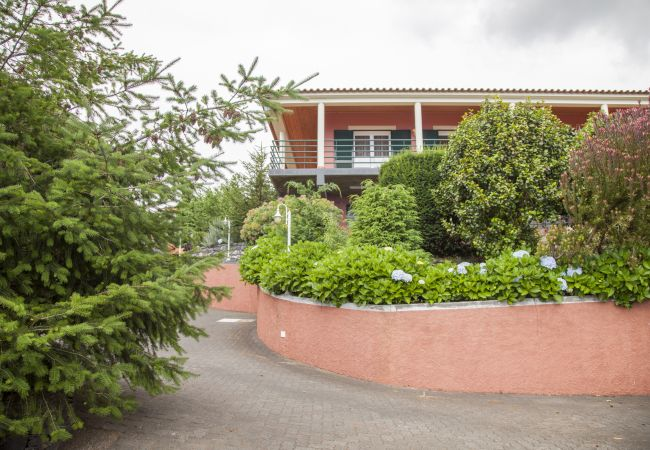Ferienhaus QUINTA DO SANTO - by MHM - A Paradise in the Count (2045331), Santa Cruz, , Madeira, Portugal, Bild 1