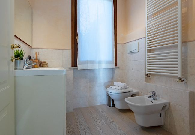 Ferienhaus La Rovadella LT45/1 (2508823), Padenghe sul Garda, Gardasee, Lombardei, Italien, Bild 8