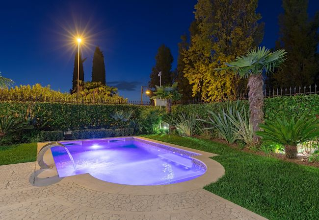 Luxury Lake-Front Catullo A1   Sirmione