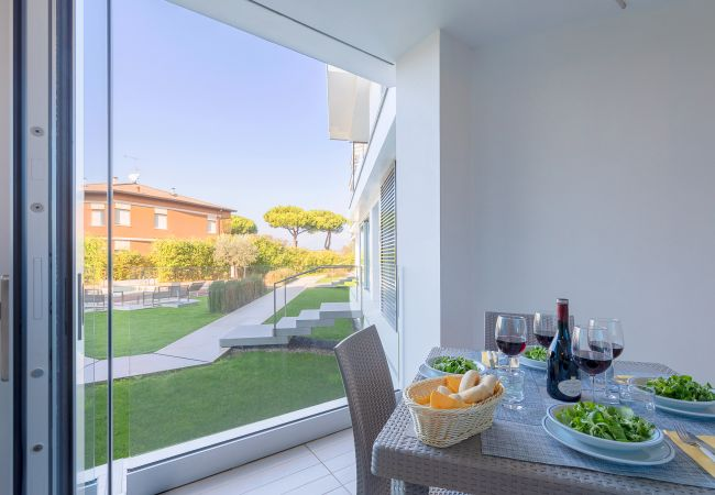 Ferienwohnung Bristol Exclusive 3/1 (2534650), Padenghe sul Garda, Gardasee, Lombardei, Italien, Bild 17