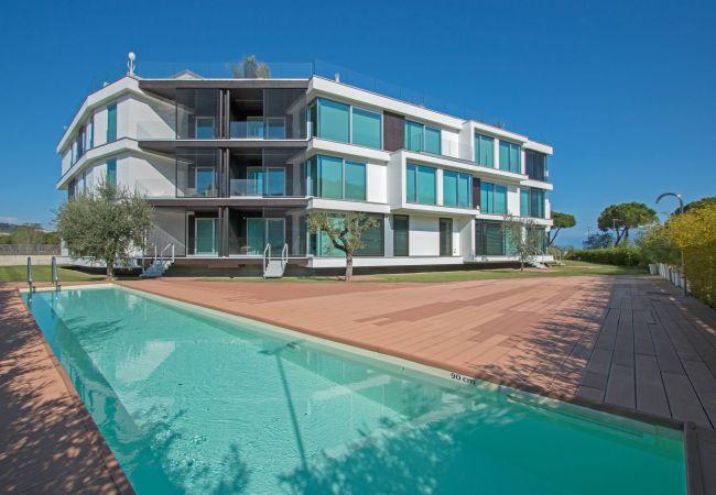 Ferienwohnung Bristol Exclusive 2/1 (2534651), Padenghe sul Garda, Gardasee, Lombardei, Italien, Bild 2