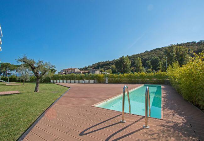 Ferienwohnung Bristol Exclusive 2/1 (2534651), Padenghe sul Garda, Gardasee, Lombardei, Italien, Bild 3