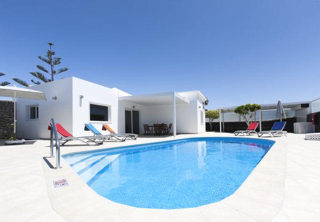 Villa Delphi  3 bedroom   Lanzarote