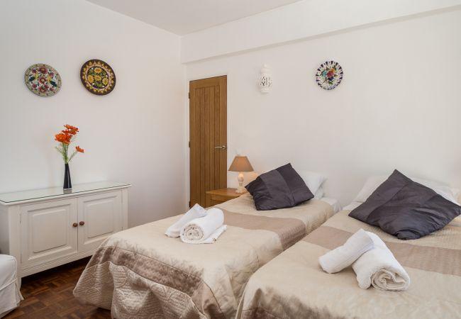 Ferienwohnung Sea View Apartment R (2570628), Luz, , Algarve, Portugal, Bild 23