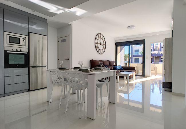 Ferienwohnung modernes Erdgeschoss, WLAN, Terrasse, 2 Pools (2570533), Pilar de la Horadada, Costa Blanca, Valencia, Spanien, Bild 9