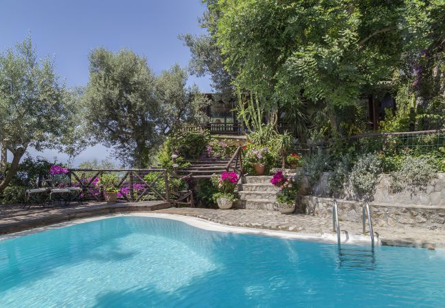 Villa Era with Swimming Pool Sea View Terraces and Parking