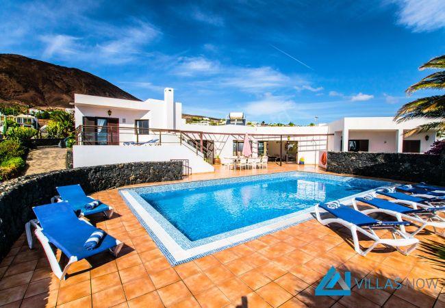 113 - Villa Montana (LH113)   Lanzarote