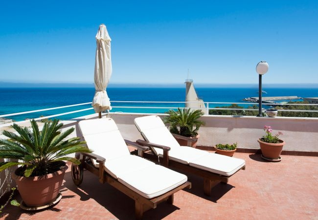 Appartement de vacances Casa con terrazza sul mare all'Addaura (2618846), Palermo, Palermo, Sicile, Italie, image 4