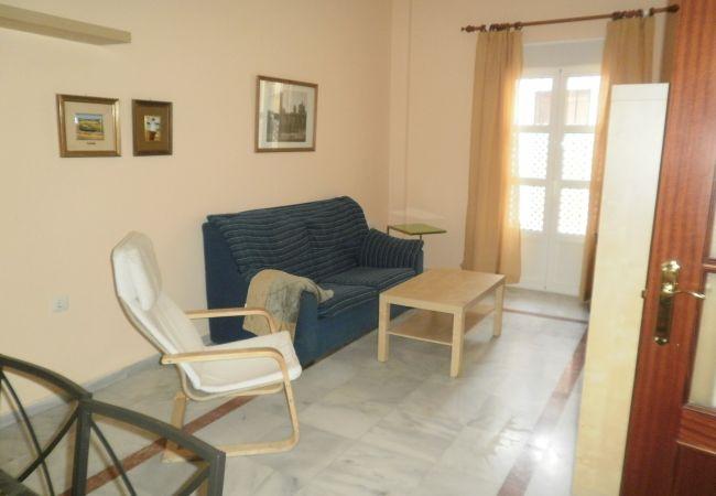 Appartement de vacances Zentrales WiFi mit zwei Schlafzimmern von Lightbooking (2714947), San Fernando, Costa de la Luz, Andalousie, Espagne, image 1