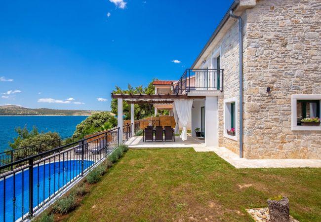 Beautiful Villa Sadic in Dalmatia with a Pool