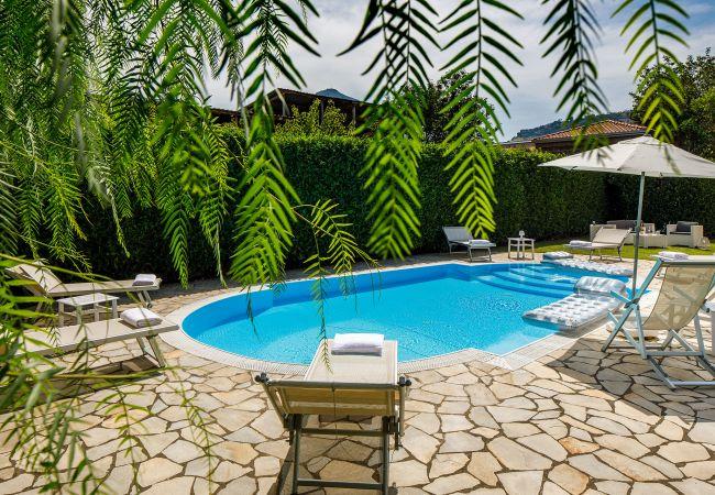 Ferienhaus Villa Lia with Private Pool, Garden and Parking (2670396), Sant'Agnello, Amalfiküste, Kampanien, Italien, Bild 3