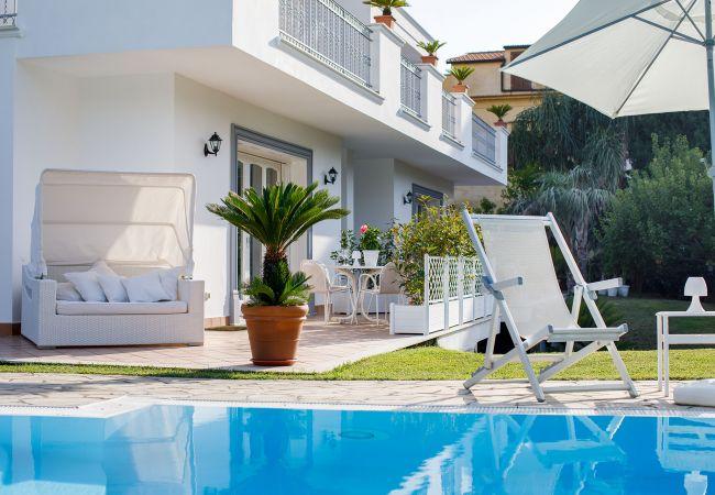 Ferienhaus Villa Lia with Private Pool, Garden and Parking (2670396), Sant'Agnello, Amalfiküste, Kampanien, Italien, Bild 11
