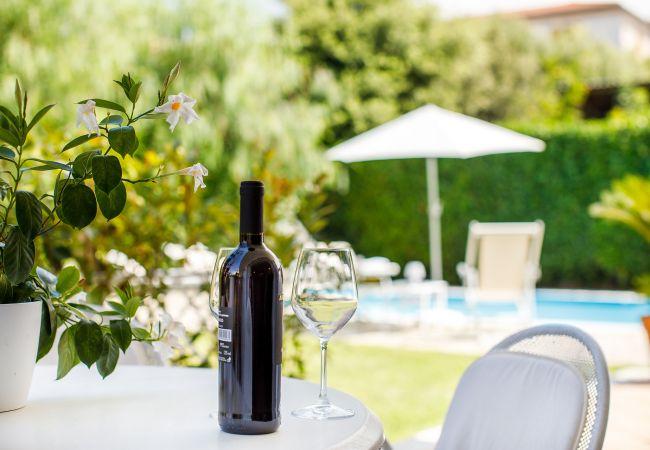 Ferienhaus Villa Lia with Private Pool, Garden and Parking (2670396), Sant'Agnello, Amalfiküste, Kampanien, Italien, Bild 14