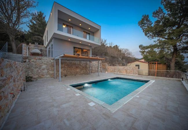 Ferienhaus Beautiful Villa Karla Posedarje, with a Pool (2789363), Posedarje, , Dalmatien, Kroatien, Bild 6