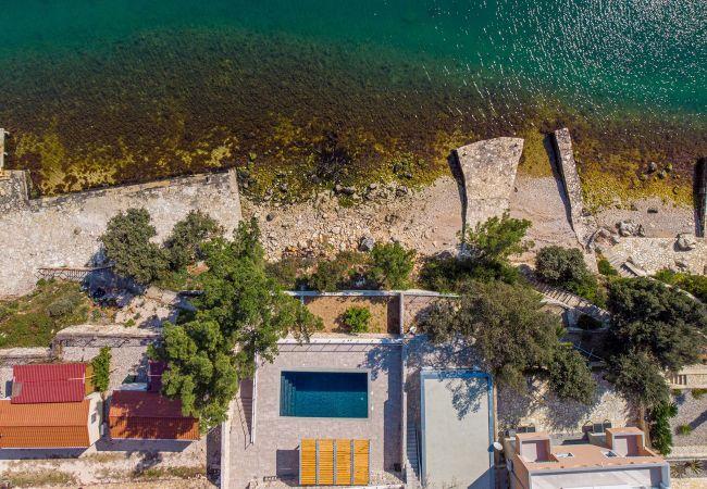 Ferienhaus Beautiful Villa Karla Posedarje, with a Pool (2789363), Posedarje, , Dalmatien, Kroatien, Bild 31