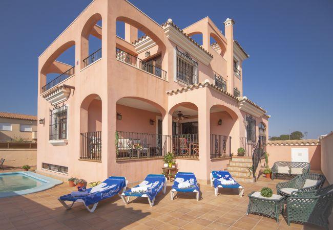 ROSA Villa con piscina privada al lado de la playa