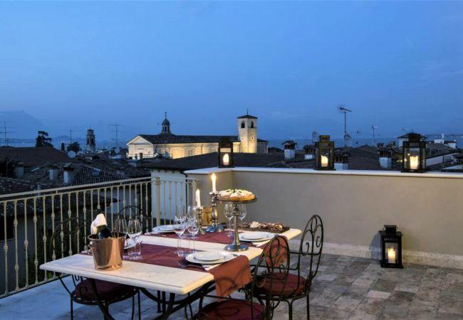 DesenzanoLoft : La Vite Luxury Appartment 2 (CIR 0   Gardasee - Lago di Garda